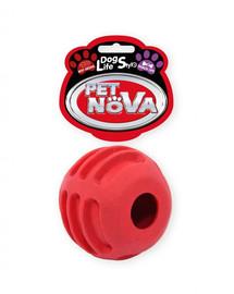 PET NOVA DOG LIFE STYLE Loptička s pamlskami, 6 cm, červená, vôňa hovädzieho mäsa